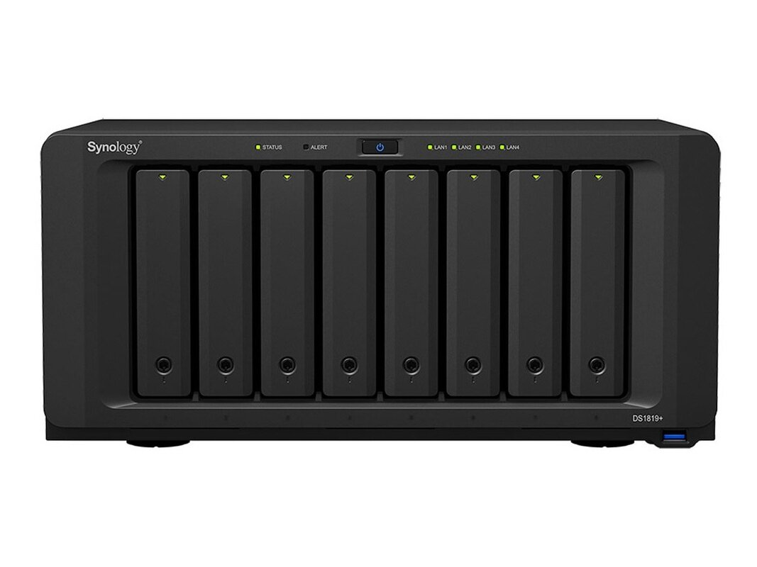 NAS 8 baies Synology DS1819+ (Quad Core 2,1 GHz, 4 Go) : 749 euros