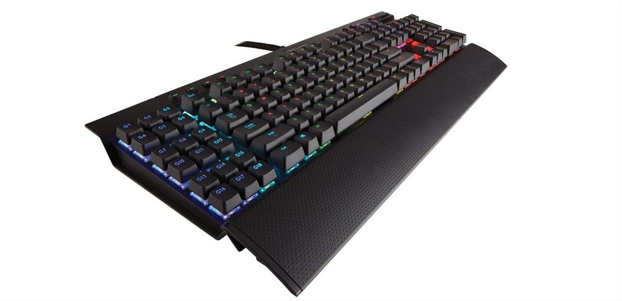 Clavier mécanique Corsair K95 RGB (MX Brown) à 149,99 euros